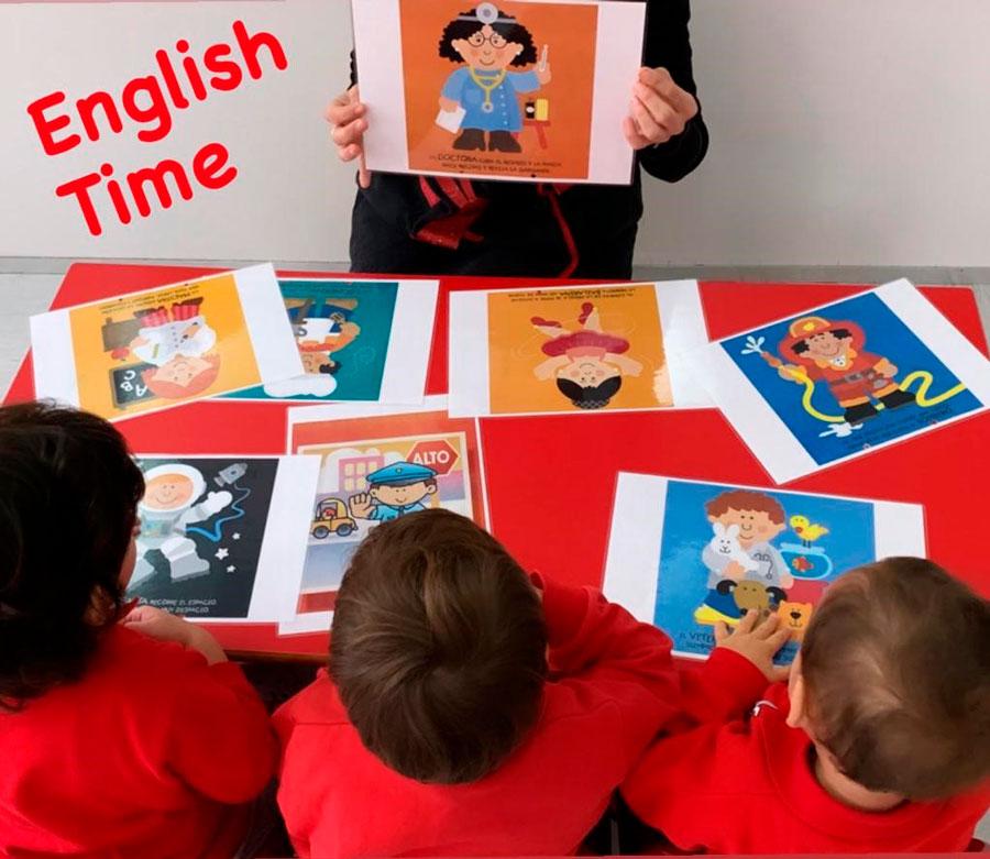 Bilingüismo en Menagar - English Time