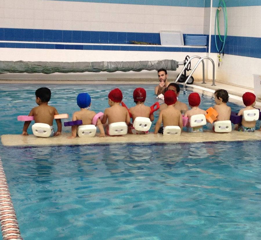 Menagar - Estimulación acuática infantil